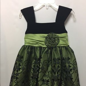 Black & Green Girl's Holiday Dress